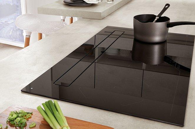 Strakke keuken met eetbar - Afbeelding 5 van 7