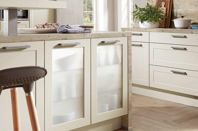 Ruime 3-delige keuken in mat crème - Afbeelding 3 van 8