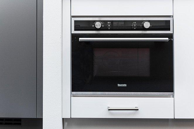 Rechte keuken in hoogglans wit - Afbeelding 7 van 7