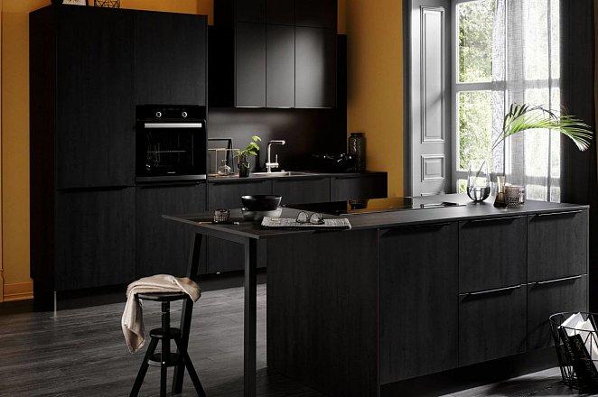 Zwarte keuken met spoeleiland - Afbeelding 3 van 10