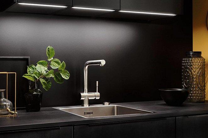 Zwarte keuken met spoeleiland - Afbeelding 7 van 10