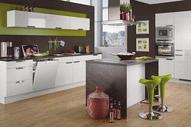 Rechte keuken met kookeiland - Afbeelding 1 van 1