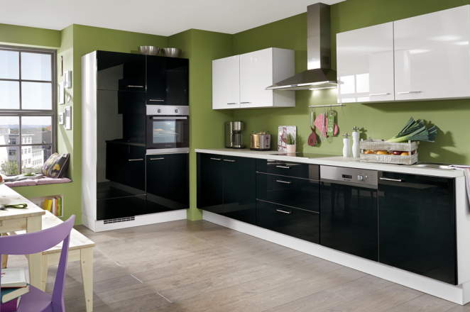 Rechte keuken met kast - Afbeelding 1 van 2