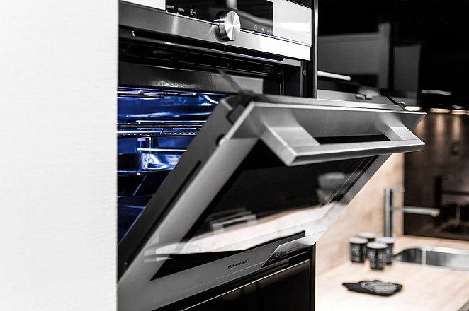 Rechte keuken in hoogglans zwart - Afbeelding 5 van 8
