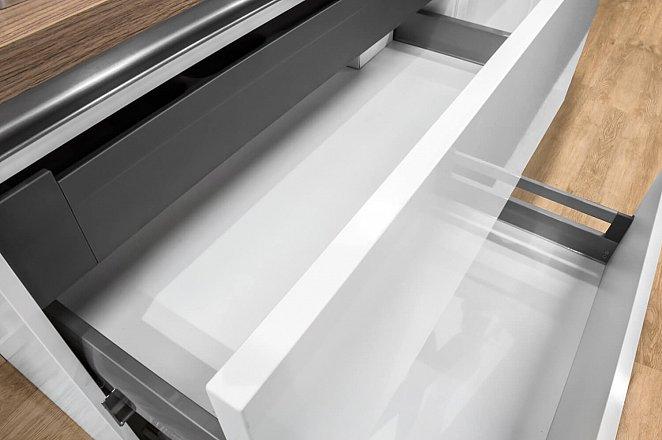 Rechte witte keuken met kunststof werkblad - Afbeelding 10 van 10