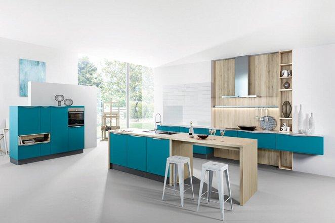 Moderne eiland keuken met innovatieve indeling - Afbeelding 1 van 1