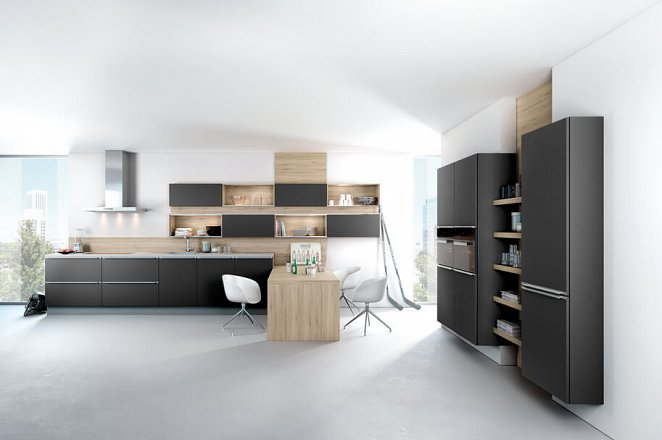 Moderne keuken in mat zwart en hout - Afbeelding 1 van 1
