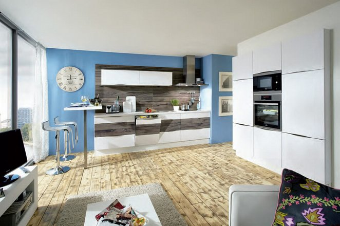 Lichte design keuken met inbouwkasten element - Afbeelding 2 van 2
