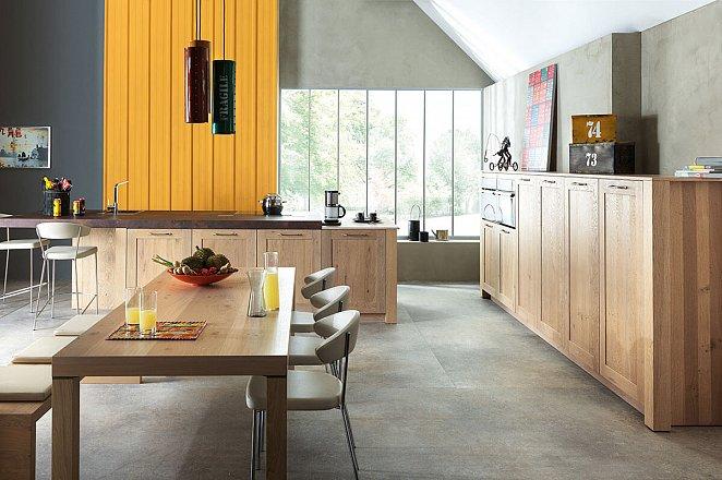 Robuuste keuken met landelijke uitstraling - Afbeelding 1 van 1