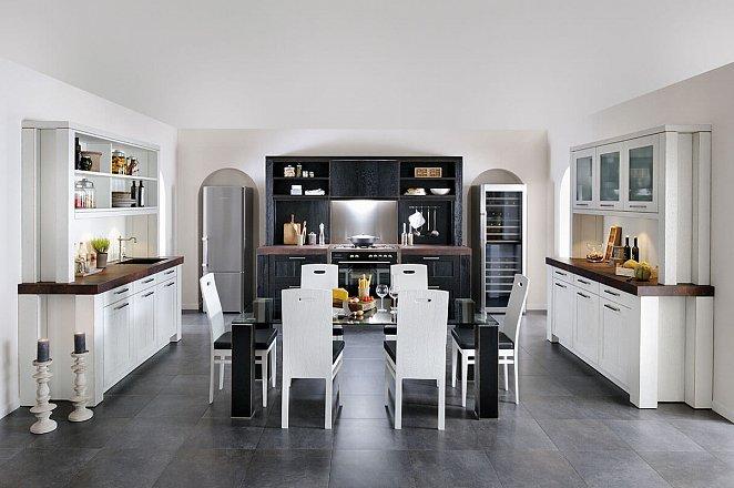 Landelijke keuken in twee kleuren - Afbeelding 1 van 1