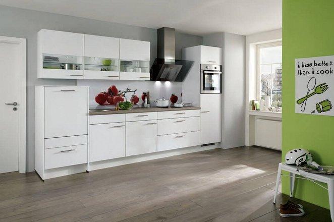 Moderne designkeuken met grote lades en glasdesign wandkasten - Afbeelding 1 van 1
