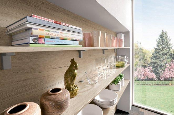 Moderne keuken in U-opstelling - Afbeelding 2 van 3