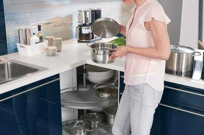 Moderne keuken in T-opstelling - Afbeelding 3 van 4