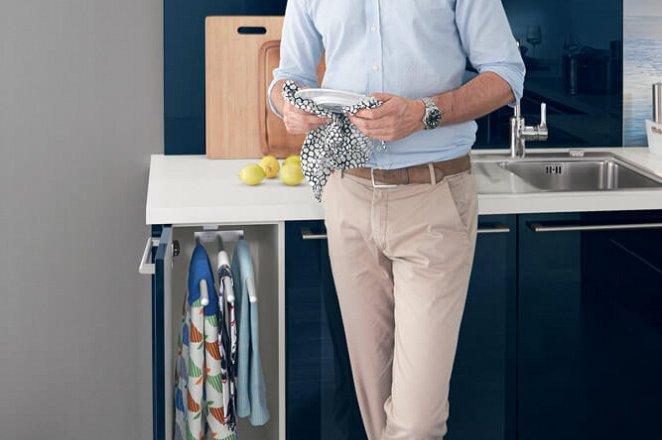 Moderne keuken in T-opstelling - Afbeelding 4 van 4