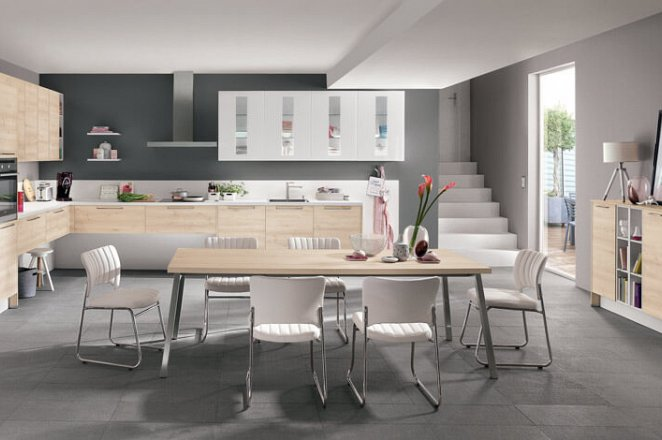 Ruime keuken in hoekopstelling  - Afbeelding 2 van 4