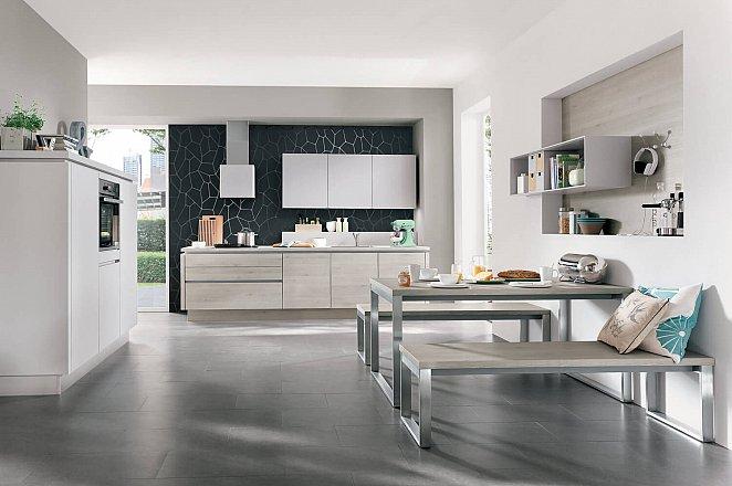 Moderne keuken in rechte opstelling - Afbeelding 1 van 4