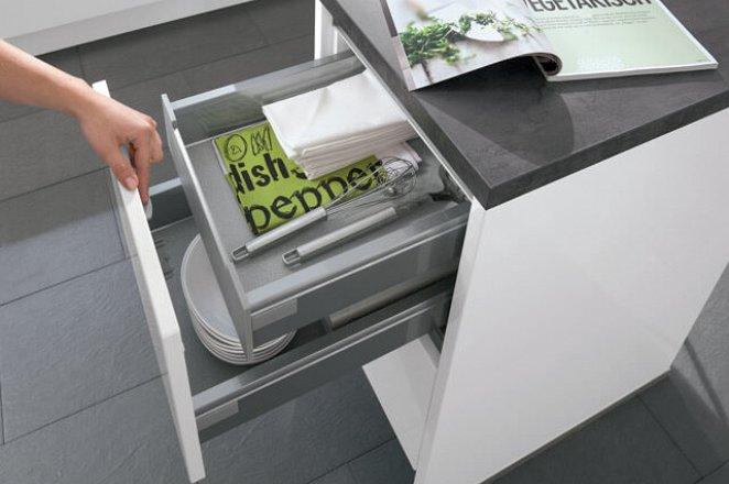 Greeploze keuken in hoogglans wit - Afbeelding 4 van 4