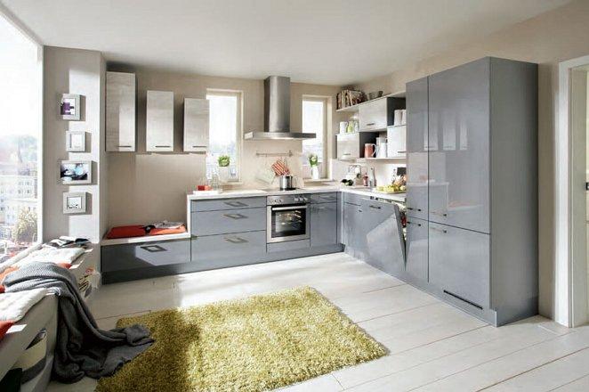 Ultra hoogglans keuken in een ruime hoekopstelling - Afbeelding 1 van 1